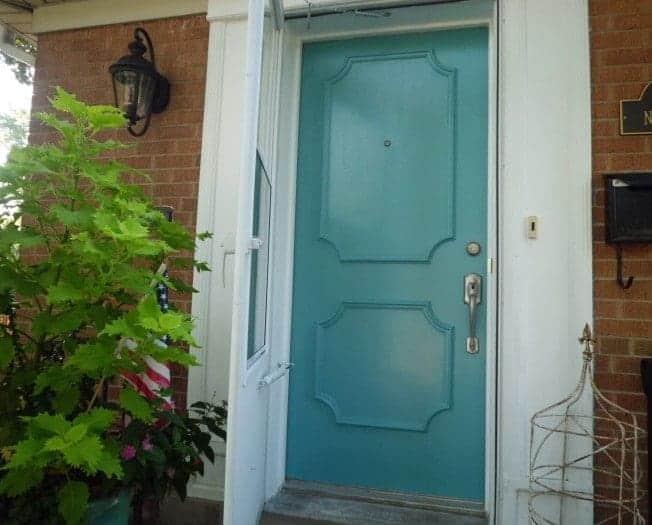 Blue Lake Front Door | chatfieldcourt.com
