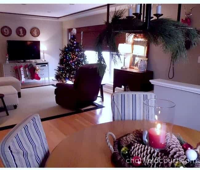 Christmas House Tour 2013 | chatfieldcourt.com