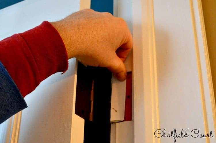 Replacing-Door-Hinges | www.chatfieldcourt.com