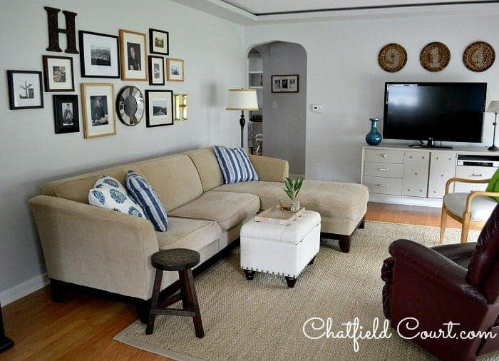 Repainting the Living Room | Chatfield Court.com
