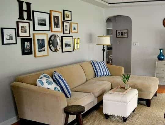 Living room gallery wall | chatfieldcourt.com