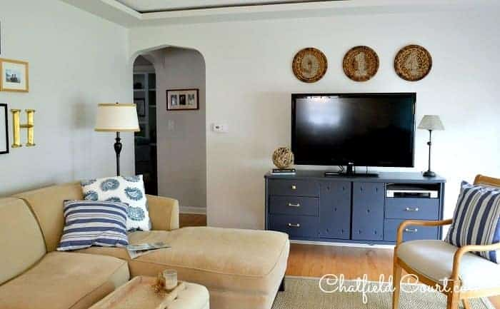 TV Gallery Wall | chatfieldcourt.com