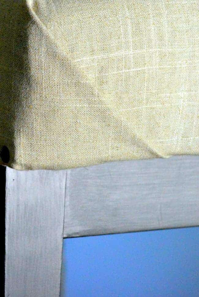 How to Upholster a Bench   Chatfield Court.com