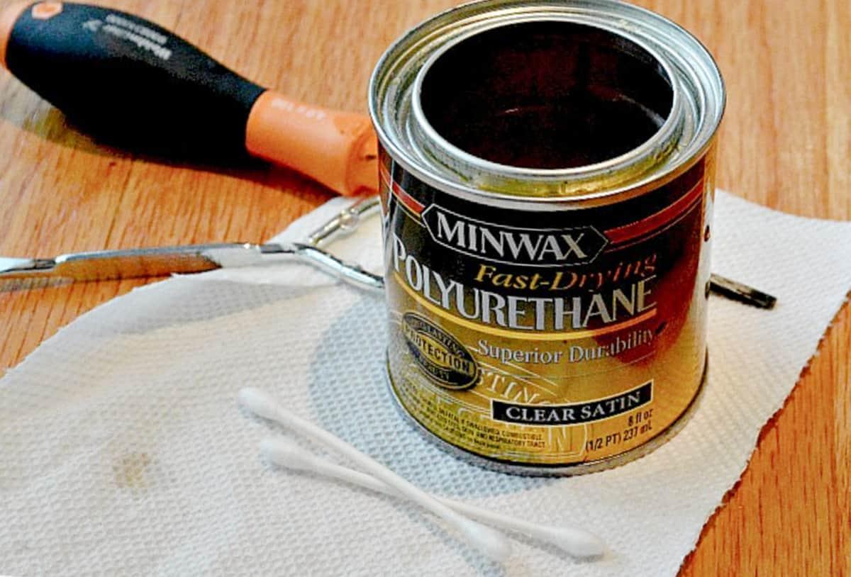 can of polyurethane