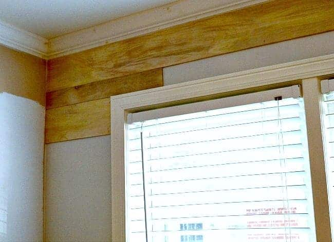 Easy and Inexpensive Shiplap Wall Tutorial| www.chatfieldcourt.com