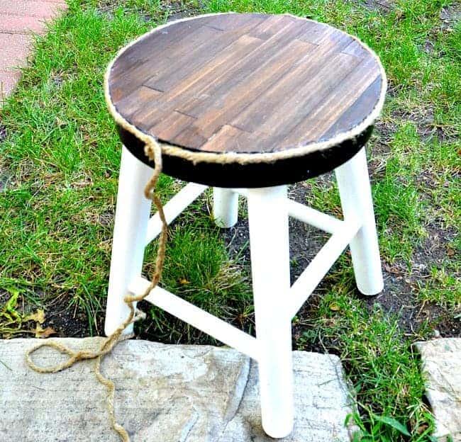 Stool Makeover | www.chatfieldcourt.com