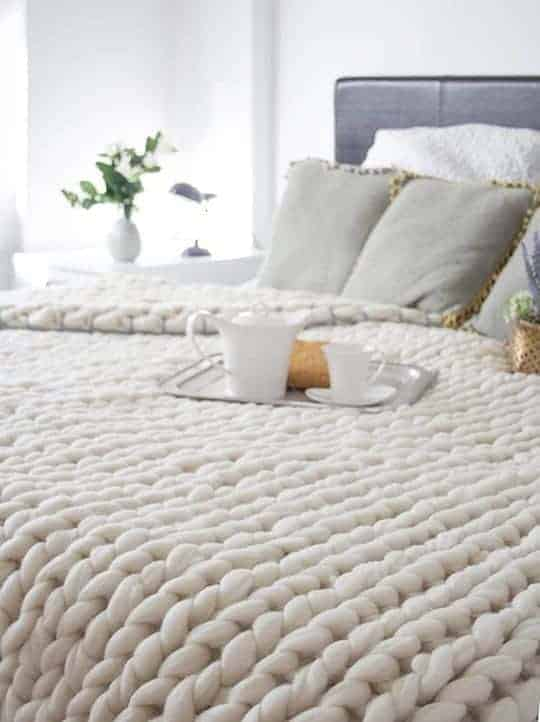 friday favorites chunky blanket