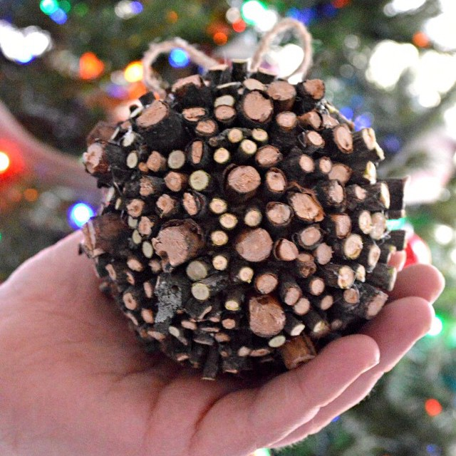 Have you ever done one of those projects that took forever to complete? My rustic ornament was like that for me. It's on the blog today. #linkinprofile #Christmas #craft