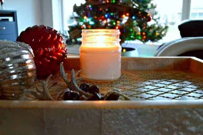 Christmas in the Guest Bedroom | www.chatfieldcourt.com