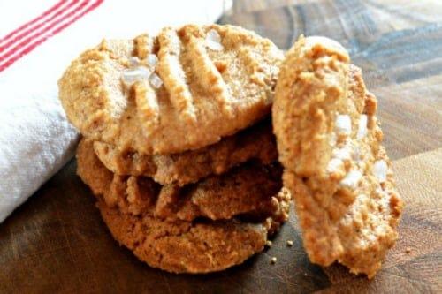 Easy, Flourless Peanut Butter Cookie Recipe