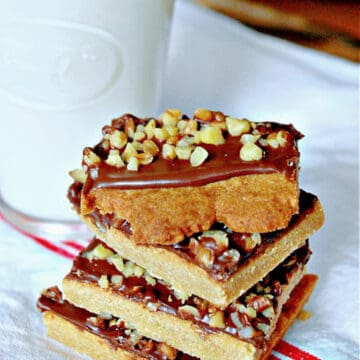 4 toffee square cookies stacked on top of each other