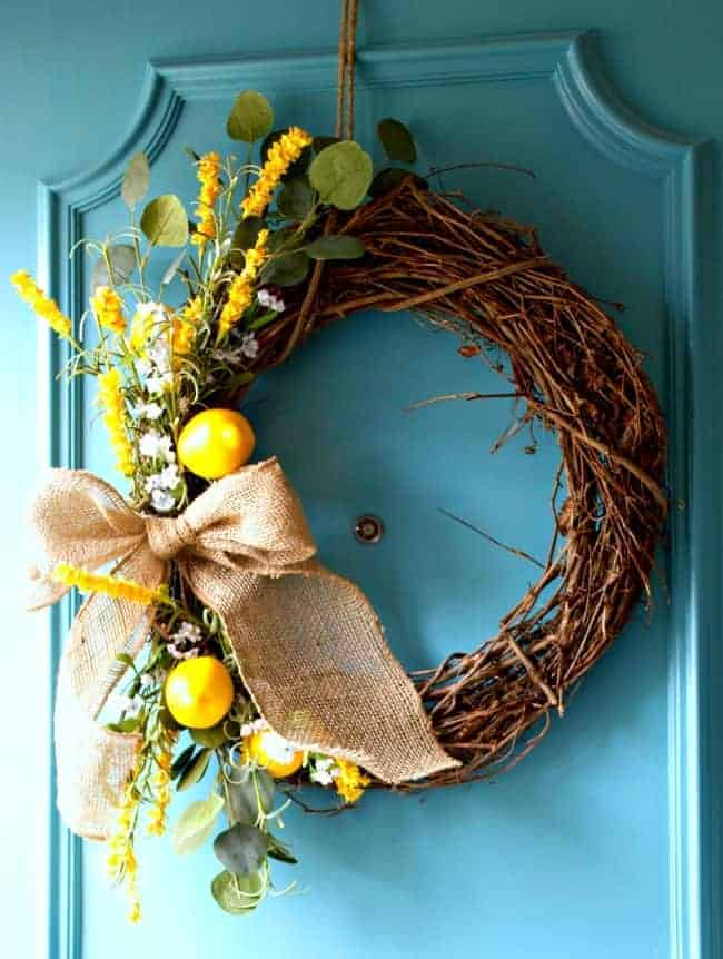 DIY Spring Wreath | chatfieldcourt.com