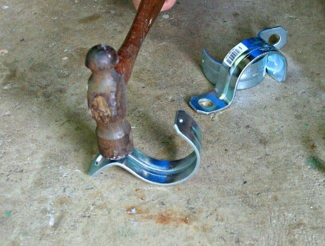 Outdoor Mason Jar Candle Barn Door | www.chatfieldcourt.com