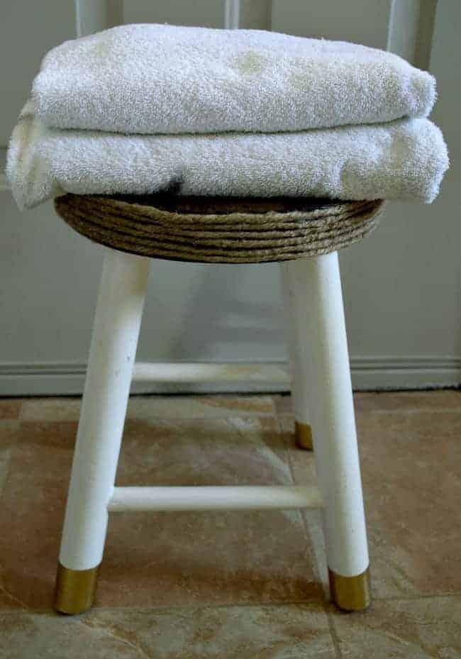Clean a Vinyl Shower Curtain | chatfieldcourt.com