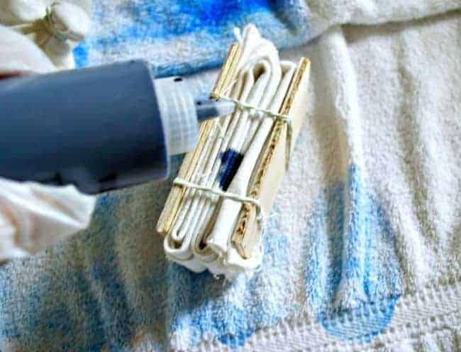 Tie Dye Pillow Cover Tutorial