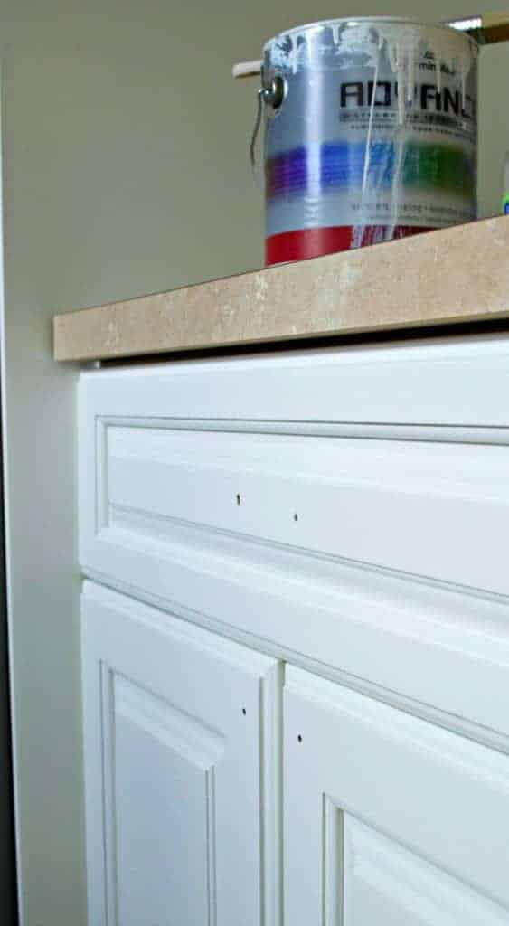 Tips For Painting Kitchen Cabinets | chatfieldcourt.com