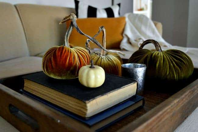 A simple but pretty fall home tour. chatfieldcourt.com
