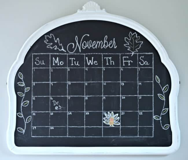 Easy chalkboard November calendar. A fun DIY! | chatfieldcourt.com