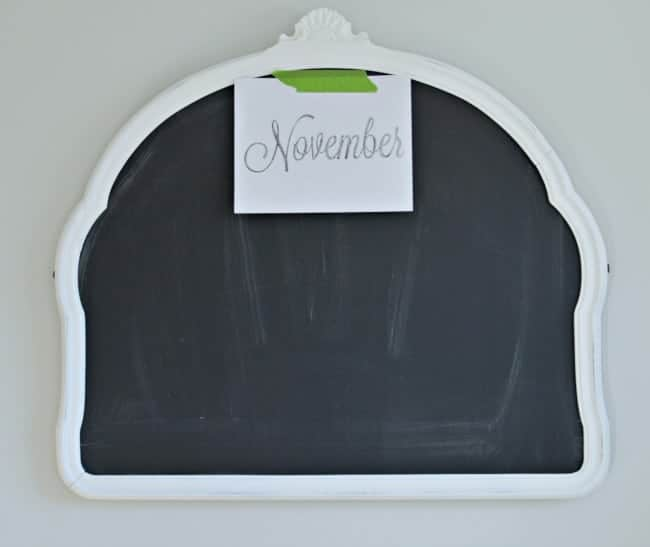 Easy chalkboard calendar with printed November paper| www.chatfieldcourt.com