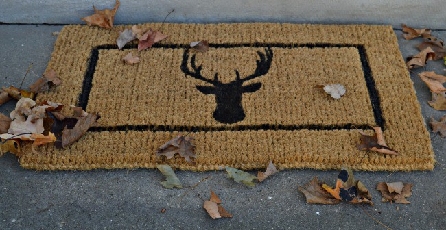 DIY deer head doormat completed and on the front porch. | chatfieldcourt.com