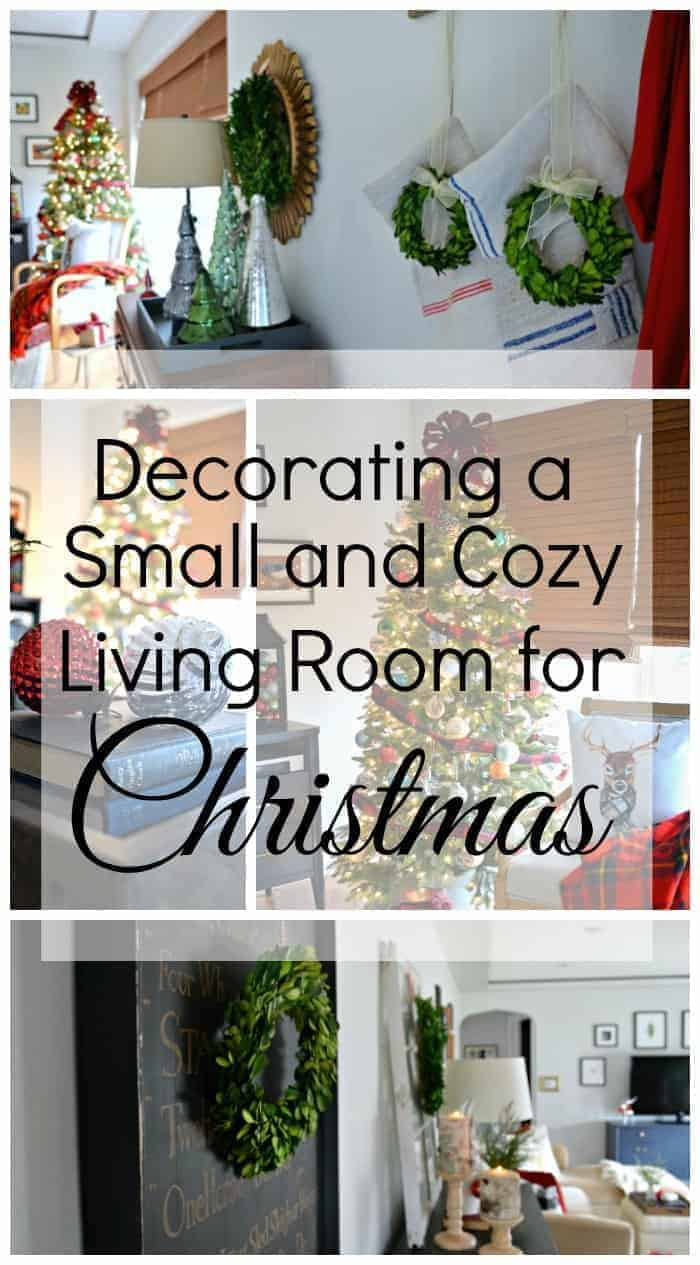 Decorating a small and cozy Christmas living room. | chatfieldcourt.com