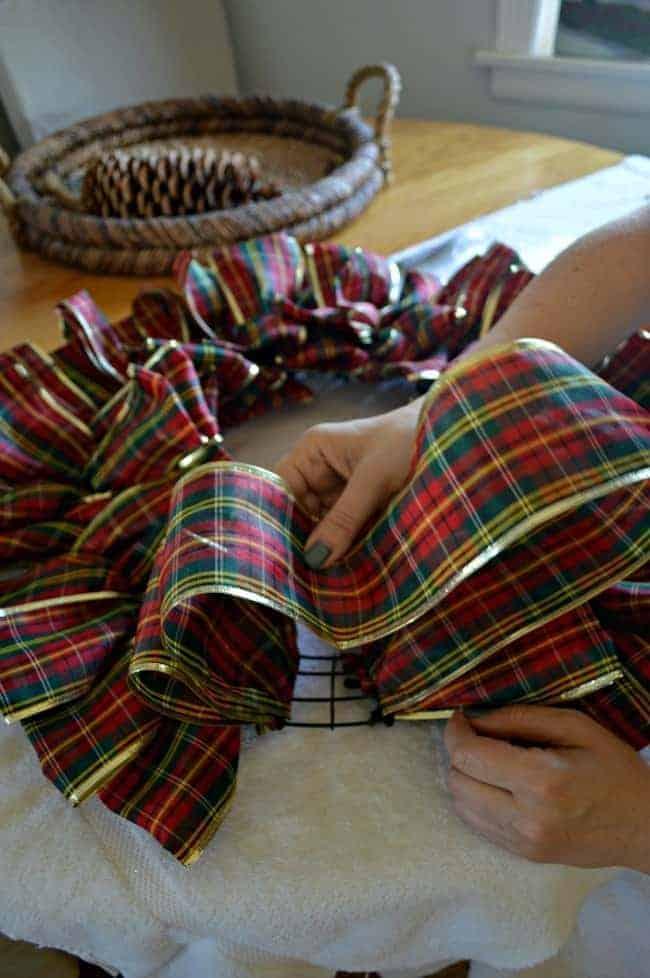 Make a ribbon wreath with plaid ribbon | chatfieldcourt.com