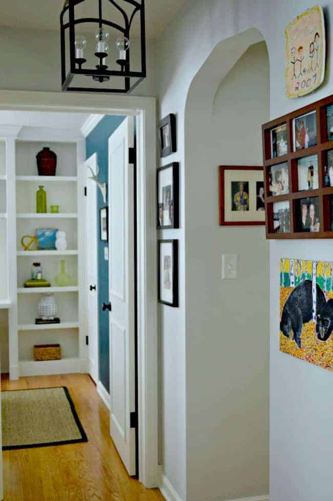 Do you have a small hallway? Here are some inspiring hallway decorating ideas for your small space. chatfieldcourt.com