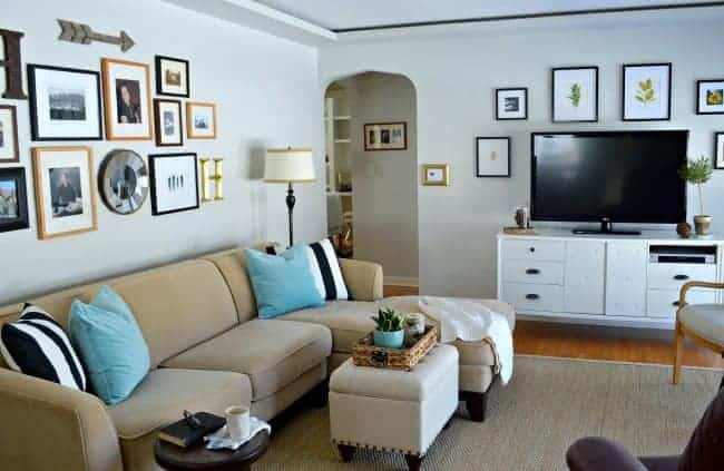 A small home tour with useful storage tips for living with a small living room. | chatfieldcourt.com