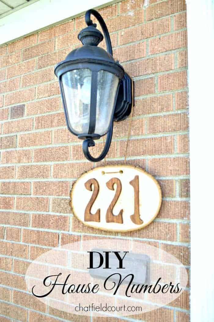 DIY rustic house numbers made from a wood round, wooden numbers and stain. | chatfieldcourt.com