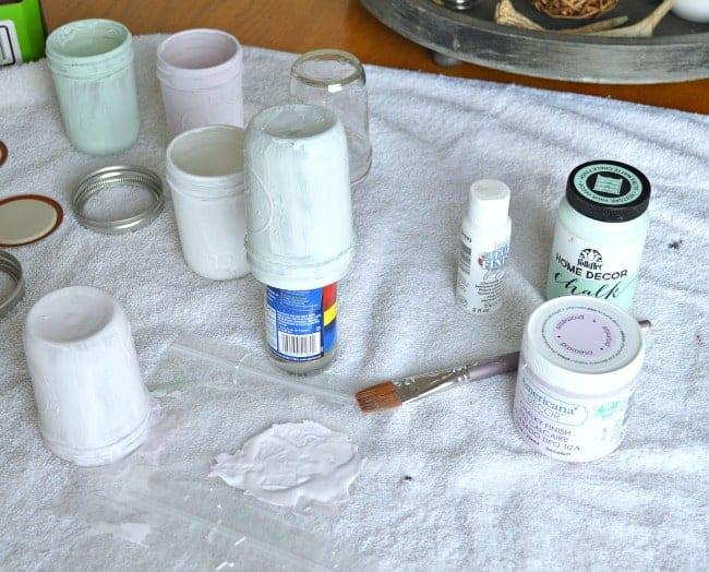 An easy DIY craft making spring mason jars using pastel colored chalk paints. | chatfieldcourt.com