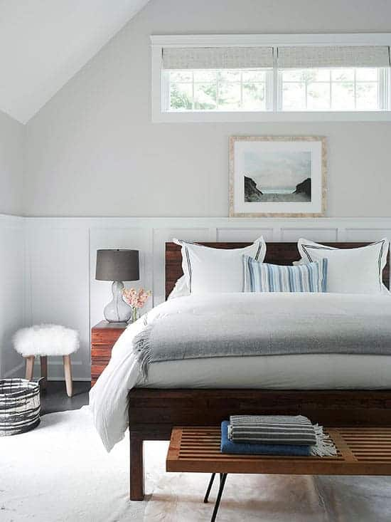 Benjamin Moore Balboa Mist used in a bedroom, plus 6 other great gray paint colors that you can use in your home. Image via BHG.com
