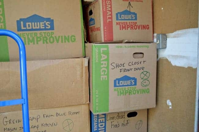 Moving? Here's 7 useful moving tips and tricks to make your move easier. | chatfieldcourt.com