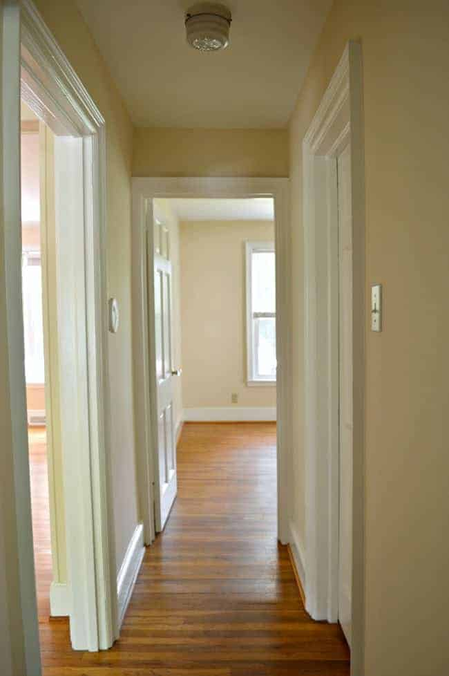 Small hallway decorating ideas for Home design ideas hallway