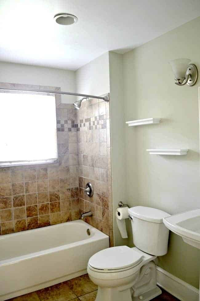 New house, new plans for the small bathroom. chatfiedcourt.com
