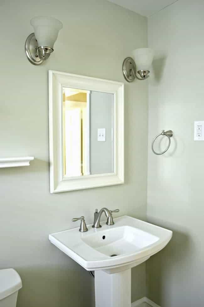 Tips For Buying A Bathroom Vanity Online