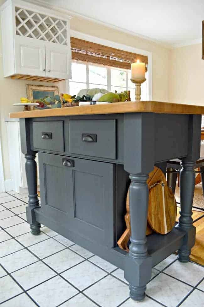 An easy kitchen island makeover using Wrought Iron paint from Benjamin Moore. www.chatfieldcourt.com