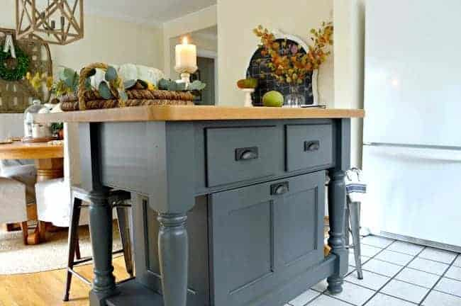 An easy update for a kitchen island using Benjamin Moore Wrought Iron.