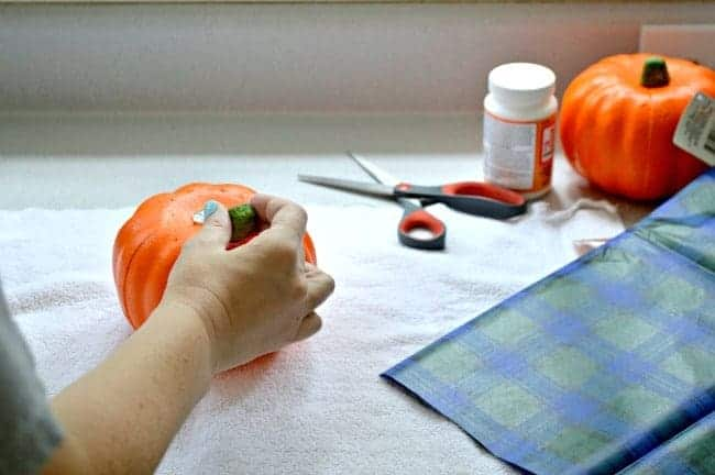 plaid-pumpkin-2