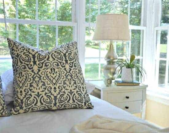 Easy and Inexpensive Lamp Makeover