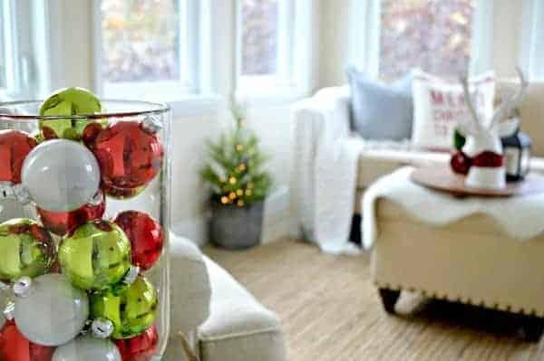 Cozy Christmas Cottage Tour