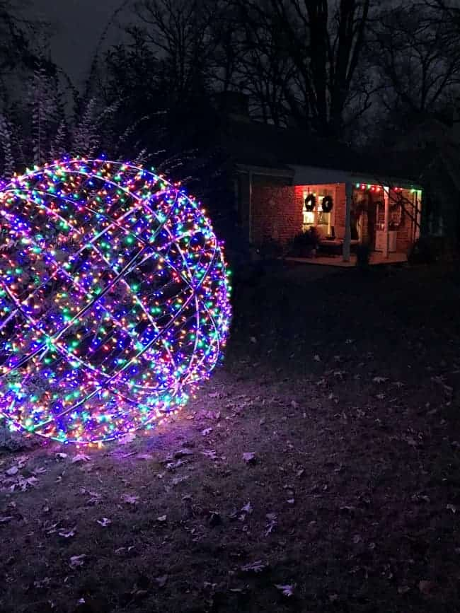 Large lighted christmas balls cheap lighted snowball for Outside christmas balls