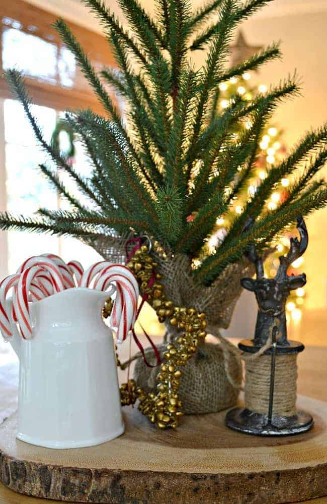 Our rustic and simple cozy Christmas cottage decorated in red with touches of gold. www.chafieldcourt.com