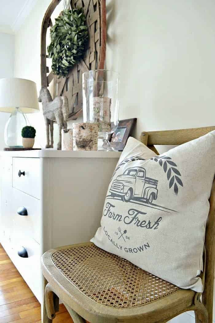 Tips for getting a designer throw pillow look without paying designer prices. www.chatfieldcourt.com