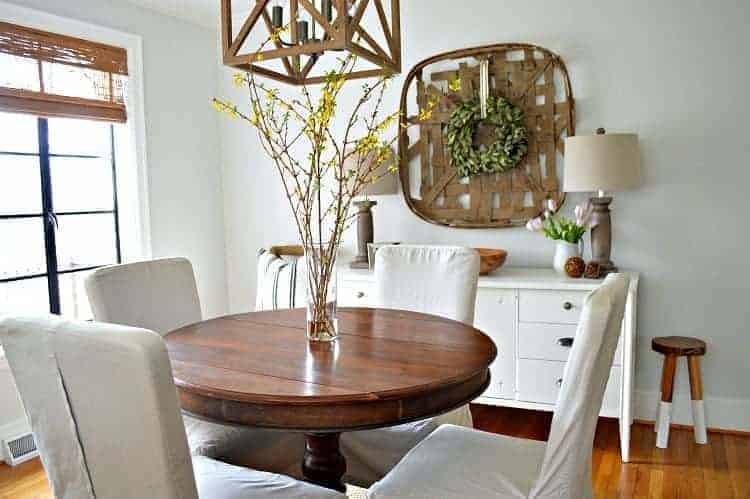 Awesome small dining area decor ideas! Turning a small, boring space into a welcoming dining room with paint, new lighting and rustic farmhouse touches. | Chatfield Court