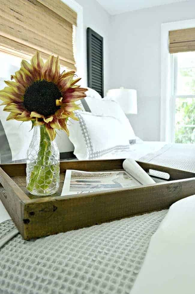 5 tips and ideas to help you create a cozy bedroom for fall using beautiful linens.