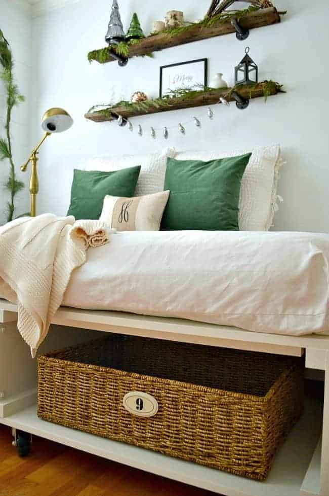 12 cozy decor ideas and inspiration to help you decorate you home for the season.