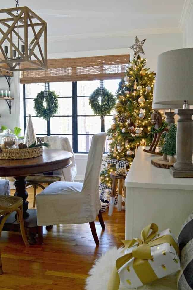 A holiday home tour where I'm sharing our Christmas dining room, decorated with natural elements and rustic glam touches.