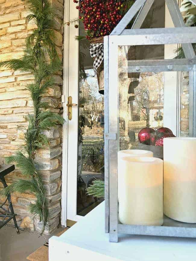 Check out these simple yet rustic Christmas front porch ideas to help you decorate your outdoor space for the holidays.