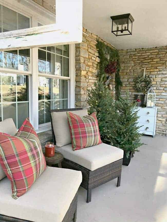 christmas front porch chairs with red plaid pillows