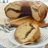 Easy Sour Cream Coffee Cake